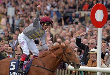 GALILEO GOLD with Frankie Dettori wins 2000 Guineas at Newmarket 30-4-16.