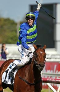 珍米嘉輕鬆贏出賽事,但騎師賀力高因提早慶祝反而被罰1000澳元。 Source: Colleen Petch/News Corp Australia