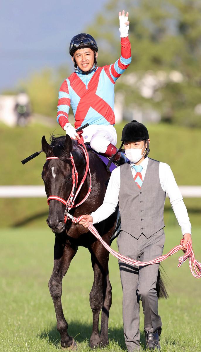 鐵鳥翱天決定去跑日本盃,直達巴黎通東京參加競馬場