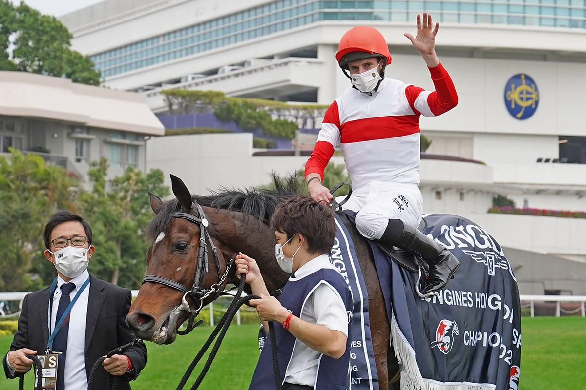 野田重擊單挑香港馬,但會不會再出現一個超級大冷門?(跑法預測更新)