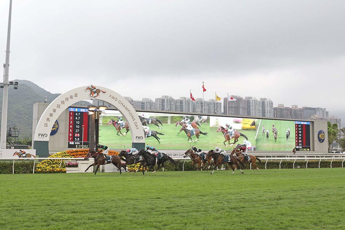 2020-21年香港馬壇大事回顧,國際賽頂班馬交棒中還是青黃不接?